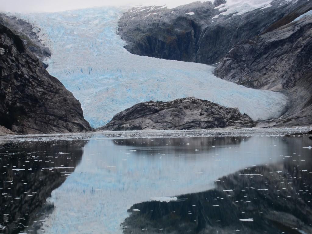 Glacier-Straits-of-Magellan