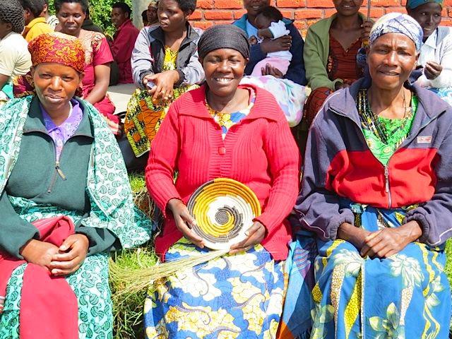 Rwanda Women With Basket
